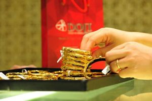 Giá vàng ngày 17/10: Vàng trong nước ngược chiều với đà tăng của thế giới