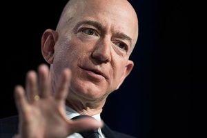 Tỷ phú Jeff Bezos dự đoán sẽ có 1 nghìn tỷ người trong hệ mặt trời