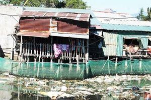 Ô nhiễm khu vực ven biển Cam Ranh: Trách nhiệm của chính quyền, ý thức của người dân