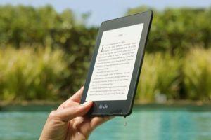 Amazon ra mắt phiên bản Kindle chống nước