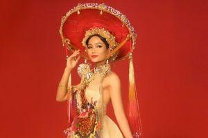 Hé lộ trang phục dân tộc độc lạ của H'Hen Niê tại Miss Universe 2018