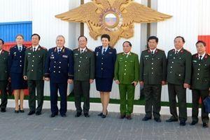 Đoàn đại biểu cấp cao Bộ Công an thăm, làm việc tại Liên bang Nga