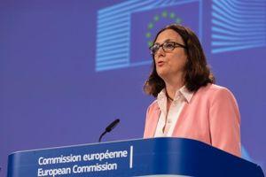 Ủy ban châu Âu trình ký hai hiệp định thương mại - đầu tư với Việt Nam