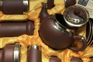 Ấm trà Tử Sa – trà cụ ẩn chứa mọi tinh hoa nghệ thuật đậm chất Á Đông