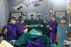 Bệnh viện Quân y 103 đẩy mạnh nghiên cứu khoa học và ứng dụng khoa học kỹ thuật trong điều trị, khám chữa bệnh