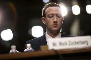 Nhiều nhà đầu tư lớn muốn Mark Zuckerberg từ chức chủ tịch Facebook