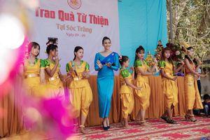 Trương Thị May ngẫu hứng hát tiếng Khmer