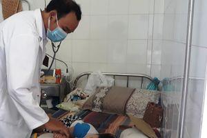 Tăng cường 700 kg CloraminB chống dịch tay chân miệng cho Đà Nẵng