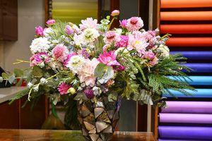 Đón ngày 20/10: Xuất hiện nhiều loại hoa 'độc' có tên... lạ hoắc