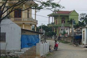 Động đất 3,8 độ richter gây nổ lớn, hàng trăm nhà dân rung lắc
