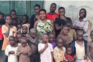 Gặp gỡ người đàn bà mắn đẻ nhất châu Phi - 44 đứa con