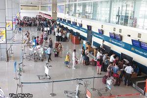 Sân bay Tân Sơn Nhất mất điện do chuyển đổi nguồn điện