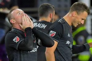 Rooney lại lập tuyệt phẩm trên đất Mỹ