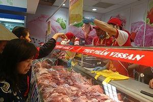 Nguồn cung dồi dào, giá thịt lợn vẫn liên tục tăng