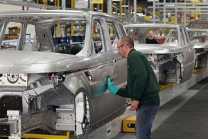 Vị thế dẫn đầu của các nhà sản xuất ô tô Đức bị lung lay?