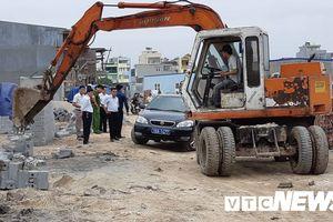 Hải Phòng phá dỡ hàng loạt công trình xây dựng trái phép trên đất quốc phòng