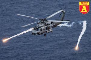 Trực thăng vừa lao xuống tàu sân bay Mỹ là loại máy bay săn ngầm mạnh nhất thế giới