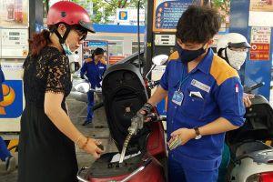 Giá xăng có thể khiến lạm phát bùng phát