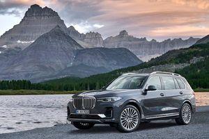 'Khủng long' BMW X7 có khác biệt gì so với X5?
