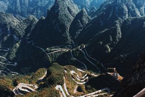 Chuẩn bị gì khi đi trekking núi Bà Đen mùa này?