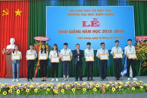 Đại học Kiên Giang đón hơn 1.000 tân sinh viên