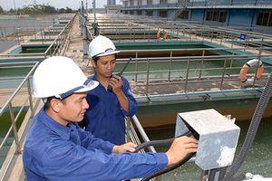 Cúp nước khẩn ở 8 quận và 1 huyện để bảo vệ nhà máy nước