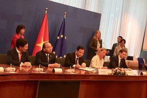 Việt Nam và EU ký thỏa thuận chống khai thác gỗ bất hợp pháp
