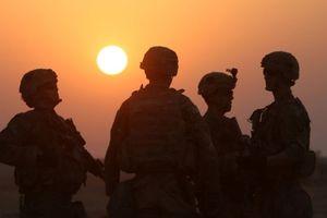 Gần một nửa binh sĩ Mỹ tin sắp có chiến tranh