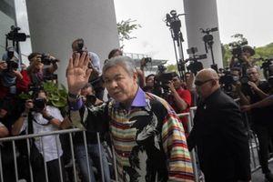 Cựu phó Thủ tướng Malaysia chính thức bị buộc tội với 45 cáo buộc