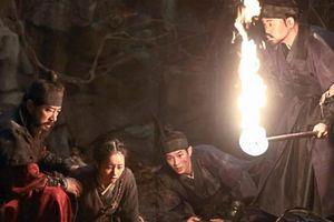 'Săn lùng quái thú' kết hợp hai đề tài ăn khách nhất điện ảnh Hàn Quốc