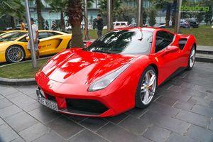 Công an Phú Thọ bàn giao siêu xe Ferrari 488 GTB cho Tuấn Hưng