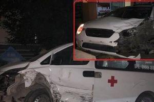 Xe cứu thương gây tai nạn tại Hòa Bình