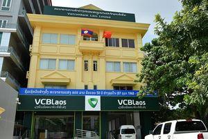 Mở ngân hàng 100% vốn tại Lào, cơ hội nào cho Vietcombank?
