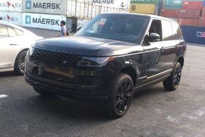 Cận cảnh Range Rover HSE 2018 bản Black Design đầu tiên về Việt Nam