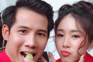 Gạo nếp gạo tẻ: Sau khi li dị Công, đã xuất hiện hình ảnh Hương chụp ảnh cưới với Tường