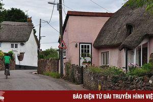 Kỳ lạ: Ngôi làng mỗi năm lại cao lên một ít
