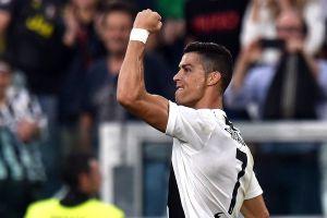 Juventus vs Genoa (1-1): Một mình Ronaldo là không đủ