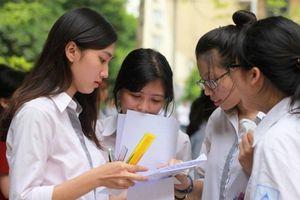 Sinh viên Đại học Bách khoa TPHCM hoang mang với 'lịch học lạ'
