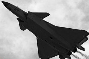 Vì sao Trung Quốc cố 'dìm hàng' tiêm kích Su-57 của Nga?