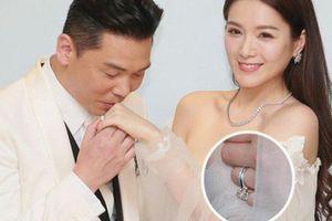 'Hoa hậu ân ái trong ô tô' cưới đại gia Hong Kong, khoe nhẫn kim cương 5 tỷ
