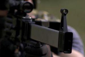 Choáng với thiết kế súng trường 5 nòng 'không thể kẹt đạn'