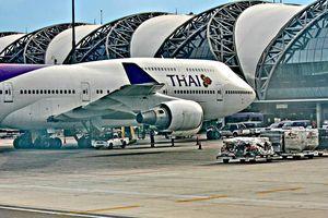 Phi công giành ghế với hành khách, khiến máy bay bị hoãn hơn 2 giờ