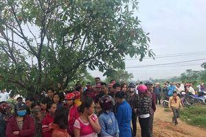 Hà Tĩnh: Bốn người trong gia đình chết trong tư thế treo cổ