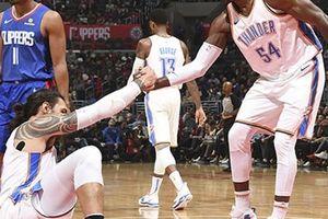Tiếp tục có được 'double-double' nhưng Steven Adams vẫn nếm mùi thất bại trước Los Angeles Clippers