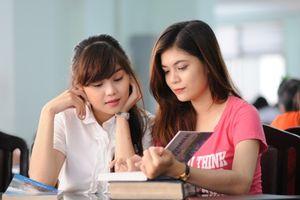 Bắt sinh viên vào học từ 6h sáng, Đại học Bách khoa TP.HCM có làm sai quy định của Bộ GD-ĐT?