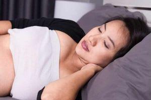 3 nguyên nhân khiến bà bầu dễ mắc chứng tiểu nhiều khi mang thai