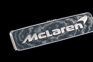 McLaren rò rỉ logo mui xe làm bằng vàng trắng 18K trên chiếc Speedtail mới