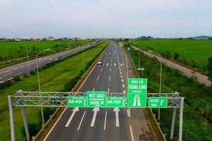 Điều chỉnh tổ chức giao thông trên đường gom Đại lộ Thăng Long