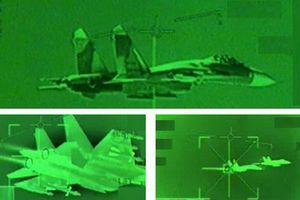 Tiêm kích CF-18 Canada 'hạ' Su-27SM Nga trên bầu trời biển Đen