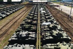 'Choáng' trước số lượng xe tăng trong tình trạng bảo quản sẵn sàng chiến đấu của Nga